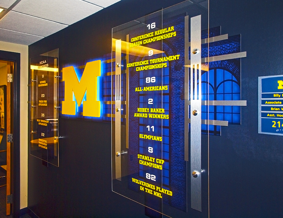 UM Hockey Achievement Display 01